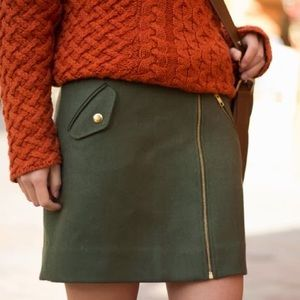 J. Crew size 2 olive green with gold accents skirt